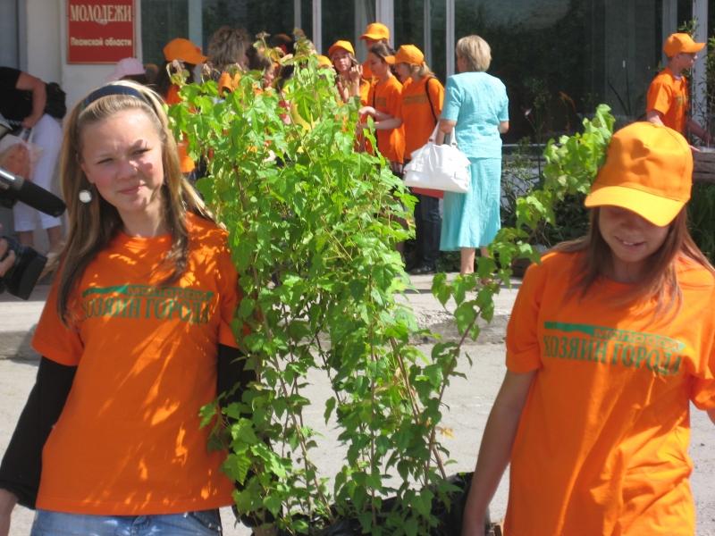 Четыре тысячи школьников этим летом официально трудоустроились в столице.